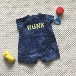 CARTER'S HUNK Short Onesie 3 month EUC